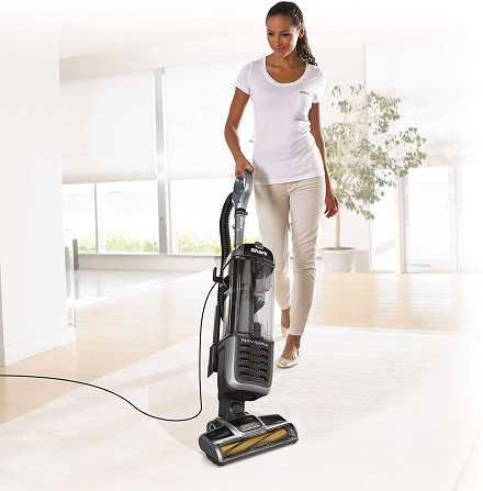 Shark zu62 upright vacuum cleaner